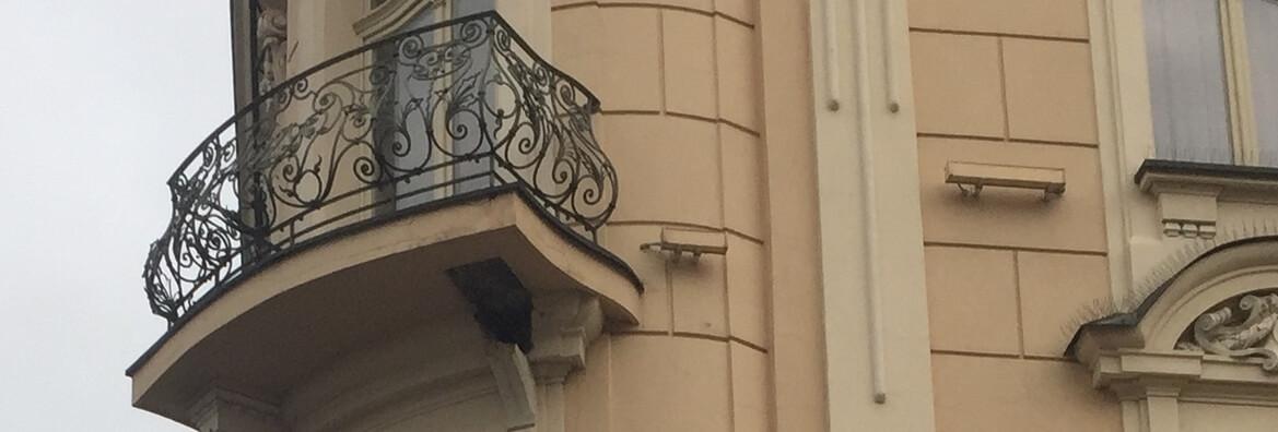 bezpieczny balkon