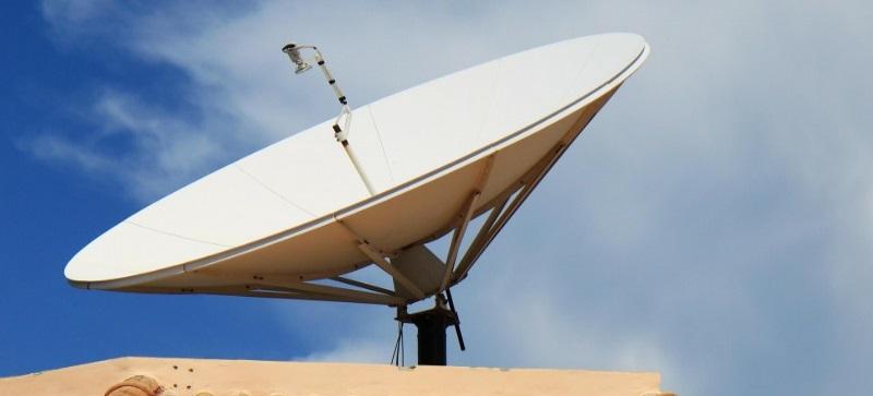 Montaż anteny na dachu