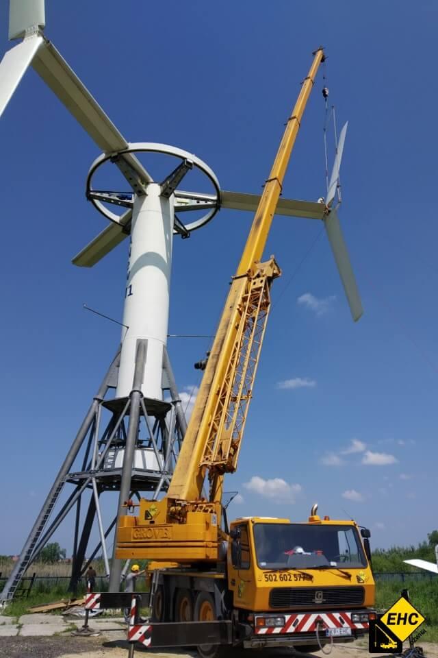 Dźwig do budowy elektrowni wiatrowej
