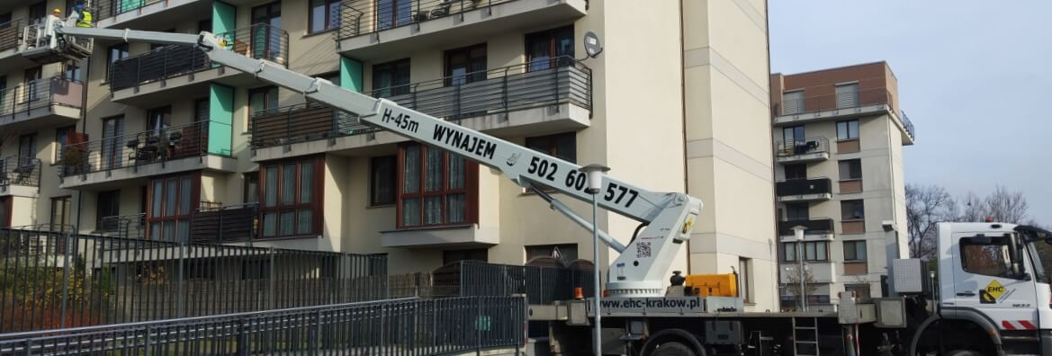 Zwyzka do naprawy balkonow w Krakowie