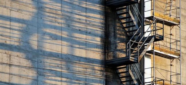 elewacja z plyt betonowych