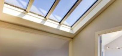 montaż okna dachowego. Wady i zalety